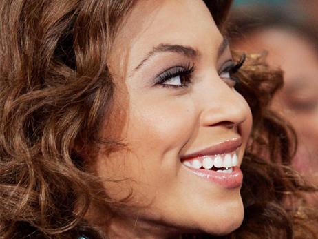 Beyonce-Eyelash-Extensions