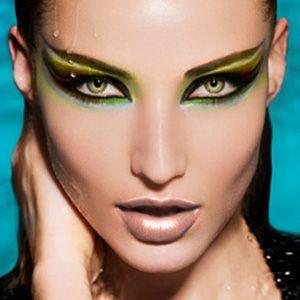 get_cleopatras-eyes-makeup